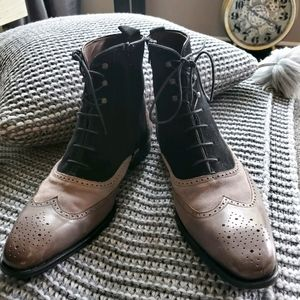 MEZLAN Cerezo Wingtip Dress Boots!